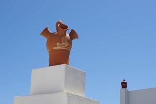 sifnos island niriedes hotel ceramics