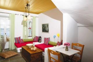 superior suite niriedes hotel big living room