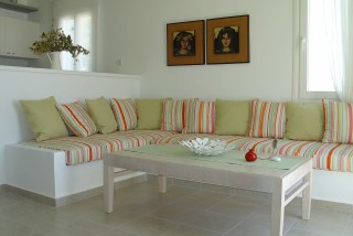 nefeli guesthouse niriedes hotel sofa beds