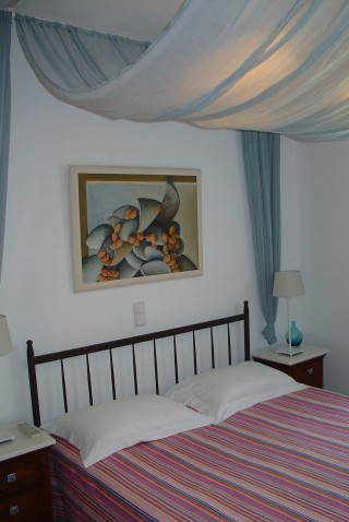 nefeli guesthouse sifnos bed