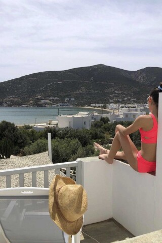 nefeli guesthouse sifnos guest