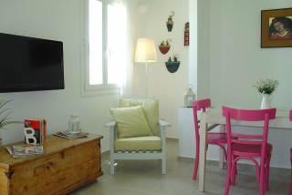 nefeli house niriedes living room