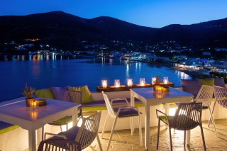 sea-view-suites-niriedes-in-sifnos
