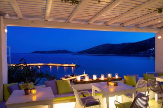 sifnos-family-suites-niriedes