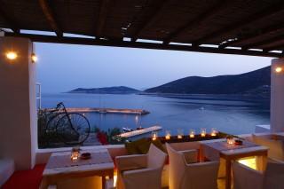 sifnos hotel niriedes in greece