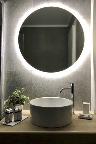 nireas house sifnos bathroom