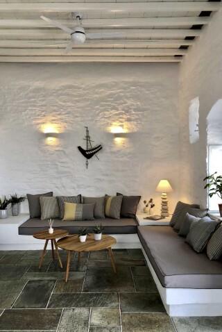 nireas house sifnos lounge